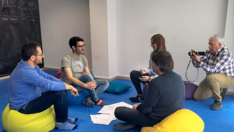 Sesión de trabajo del equipo del área de dirección de proyectos