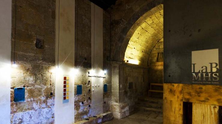 Laboratorio MHSLab en ermita romanica de Canduela (interior)