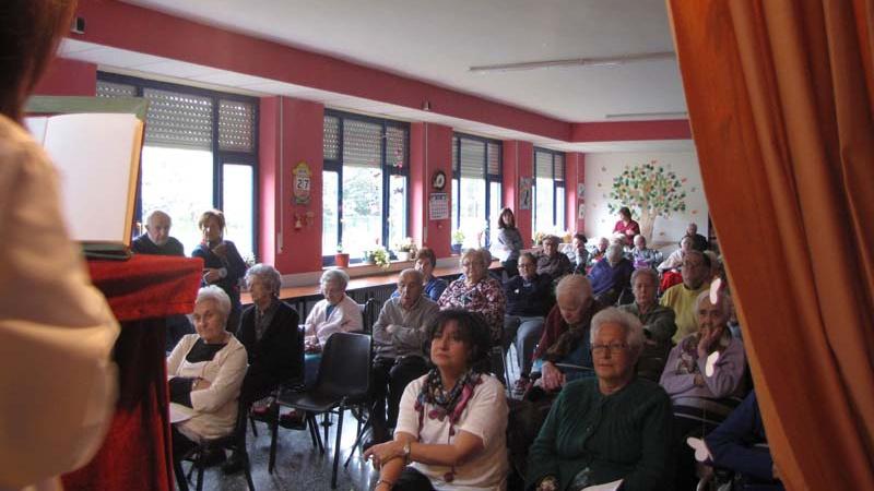 Celebración del Día del Libro en la Residencia Tercera Actividad